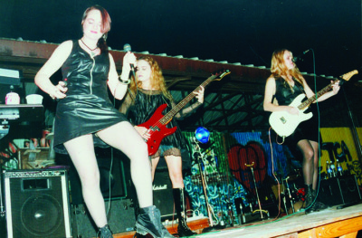 Sinister Sirens playing on The Studio's outdoor stage.